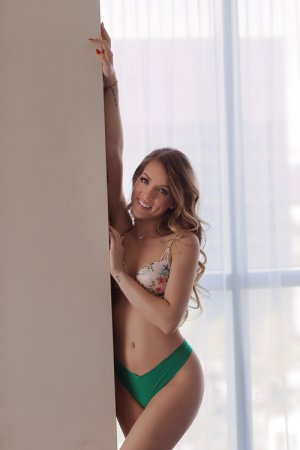 Marie-may outcall escort